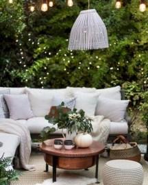 Incredible Autumn Decorating Ideas For Backyard 02