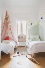 Inspiring Shared Kids Room Design Ideas 47