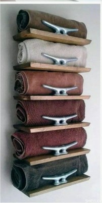 Luxury Towel Storage Ideas For Bathroom 35