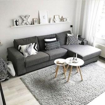 Minimalist Living Room Design Ideas 43