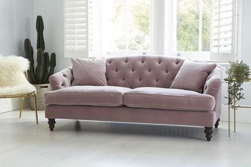 Popular Velvet Sofa Designs Ideas For Living Room 31