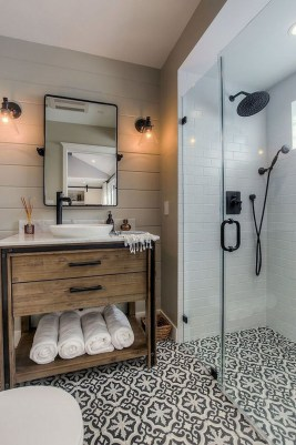 Unusual Small Bathroom Design Ideas 16
