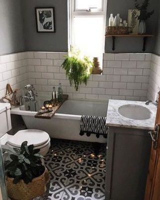 Unusual Small Bathroom Design Ideas 18