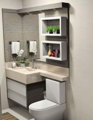Unusual Small Bathroom Design Ideas 24