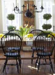 Cool Traditional Farmhouse Decor Ideas For House 02