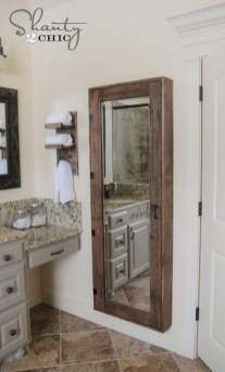 Cozy Small Bathroom Ideas With Wooden Decor 07