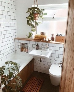 Cozy Small Bathroom Ideas With Wooden Decor 13