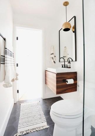 Cozy Small Bathroom Ideas With Wooden Decor 25