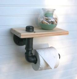 Cozy Small Bathroom Ideas With Wooden Decor 45