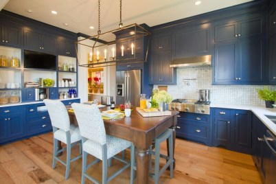Creative Painted Kitchen Cabinets Design Ideas 07
