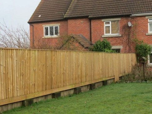 Cute Garden Fences Walls Ideas 01
