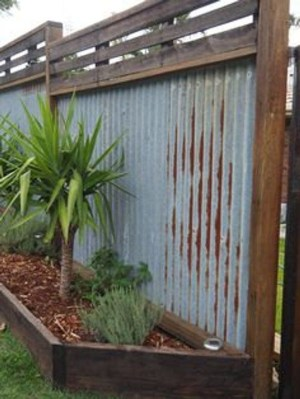 Cute Garden Fences Walls Ideas 36