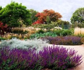 Delightful Landscape Designs Ideas 32