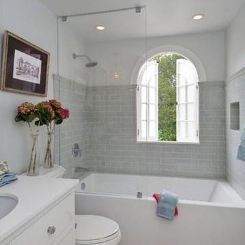 Elegant Bathtub Design Ideas 30