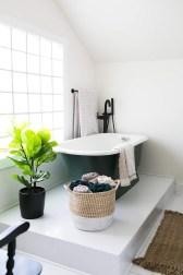 Elegant Bathtub Design Ideas 46