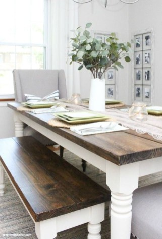 Fabulous White Farmhouse Design Ideas 26