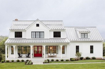 Fabulous White Farmhouse Design Ideas 29