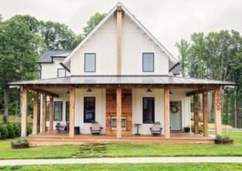 Fabulous White Farmhouse Design Ideas 35