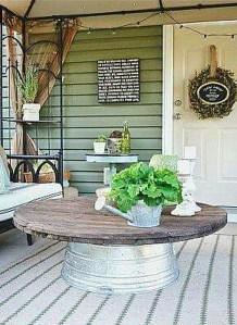 Fascinating Farmhouse Porch Decor Ideas 05