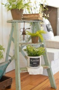 Fascinating Farmhouse Porch Decor Ideas 18