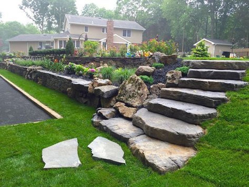 20+ Gorgeous Front Yard Retaining Wall Ideas For Front ... on Wall Ideas For Yard id=91105