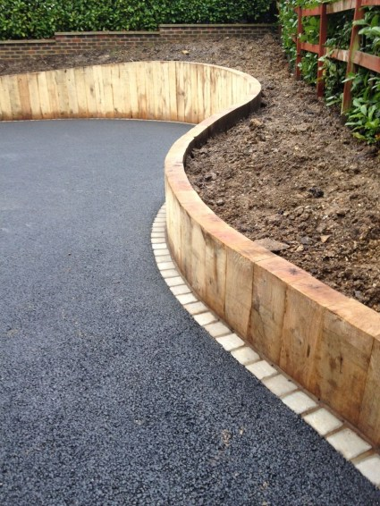 Gorgeous Front Yard Retaining Wall Ideas For Front House 35
