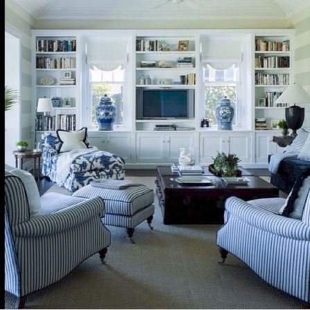 Impressive French Style Living Room Designs Ideas 22