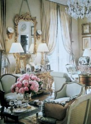 Impressive French Style Living Room Designs Ideas 27