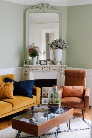 Impressive French Style Living Room Designs Ideas 34