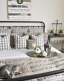 Perfect Farmhouse Decor Ideas For Home 03