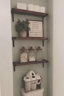 Popular Farmhouse Small Bathroom Decorating Ideas 11