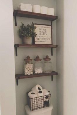 Popular Farmhouse Small Bathroom Decorating Ideas 24