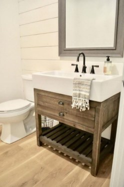 Popular Small Farmhouse Design Ideas To Style Up Your Home 50