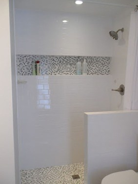 Awesome Bathroom Shower Ideas For Tiny House 07