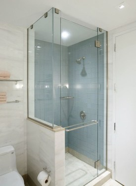 Awesome Bathroom Shower Ideas For Tiny House 08