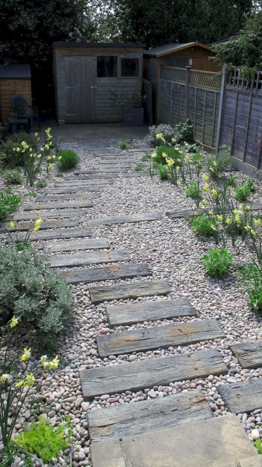 Best Ideas To Add A Bit Of Phantasy For Garden 13