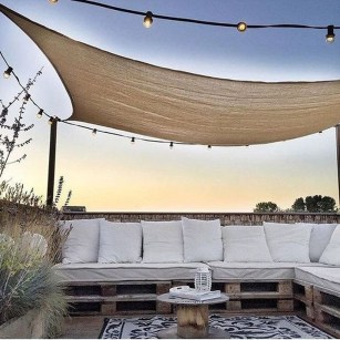 Stunning Roof Terrace Decorating Ideas That You Should Try 22