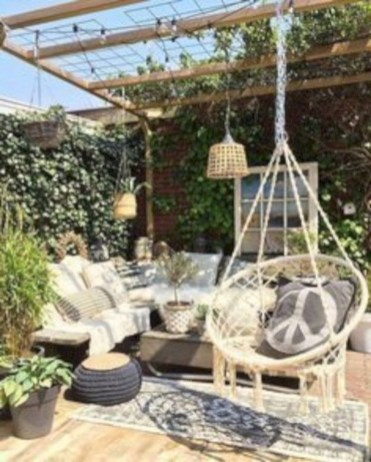 Stunning Roof Terrace Decorating Ideas That You Should Try 45