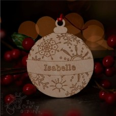 Best Home Decoration Ideas With Snowflakes And Baubles 37