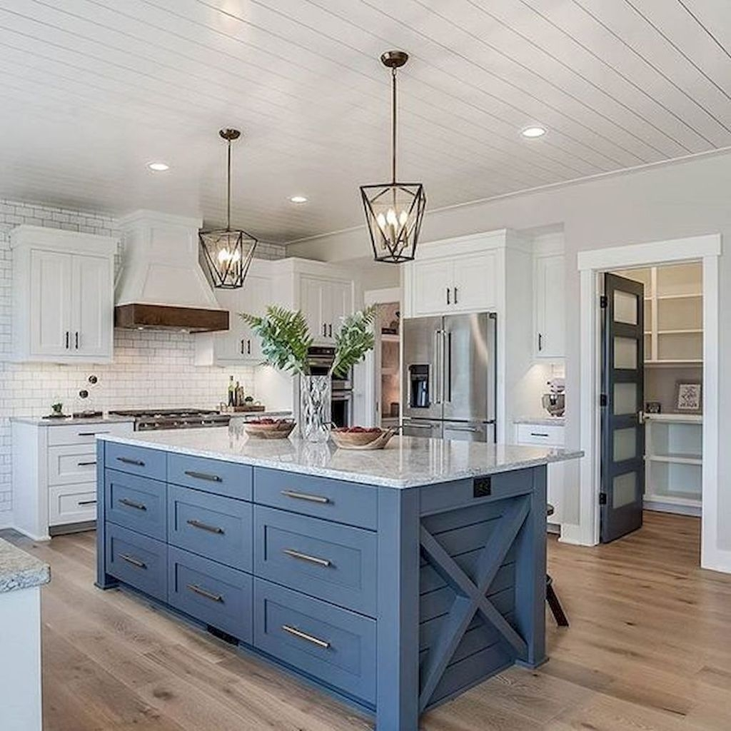 Enchanting Farmhouse Kitchen Decor Ideas To Try Nowaday 23