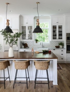 Enchanting Farmhouse Kitchen Decor Ideas To Try Nowaday 36