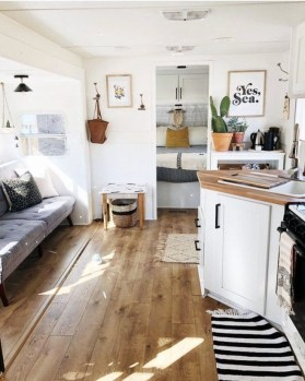 Extraordinary Interior Rv Living Ideas To Try Now 38