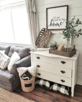 Fancy Farmhouse Living Room Decor Ideas To Try 37