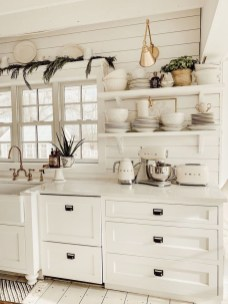 Glamour Farmhouse Home Decor Ideas On A Budget 13