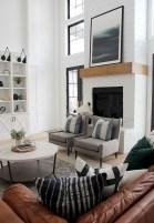 Hottest Farmhouse Living Room Decor Ideas That Looks Cool 37