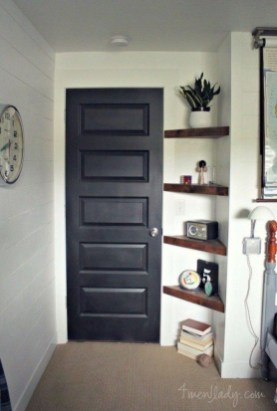 Perfect Storage Ideas For Your Apartment Decoration 52