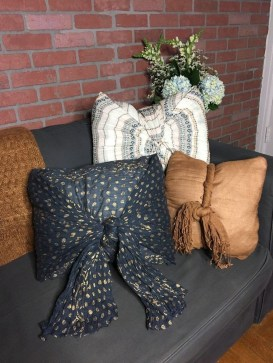 Rustic Pillows Decoration Ideas For Home 37