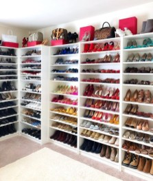 Simple Custom Closet Design Ideas For Your Home 10