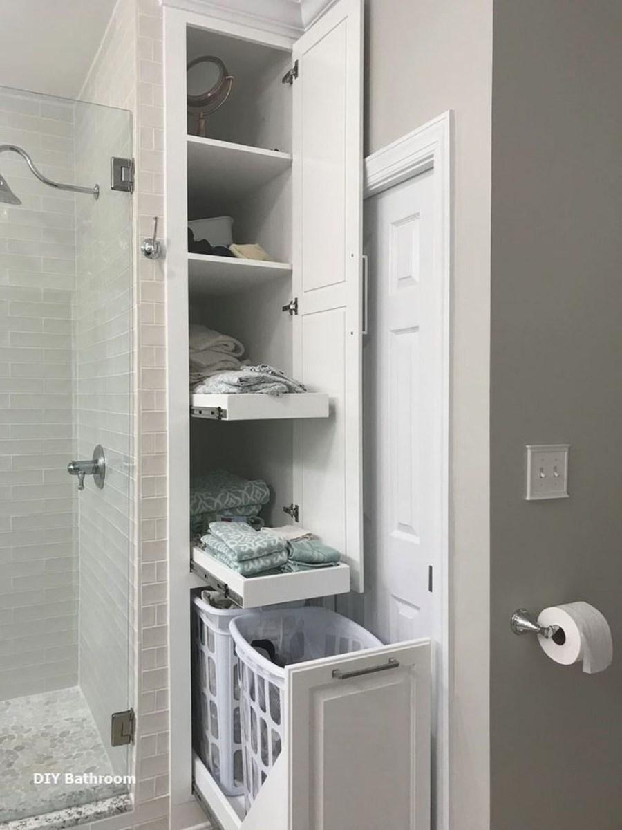 Splendid Small Bathroom Remodel Ideas For You 26
