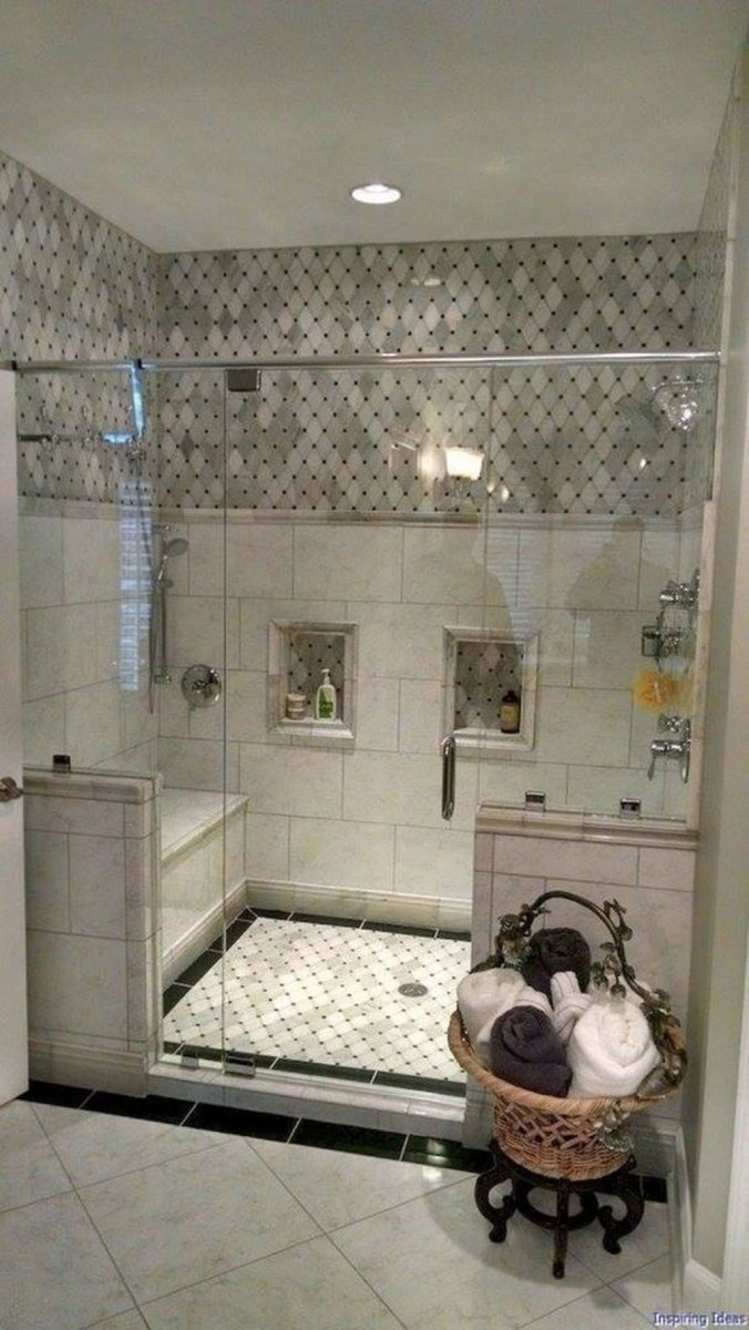 Splendid Small Bathroom Remodel Ideas For You 30
